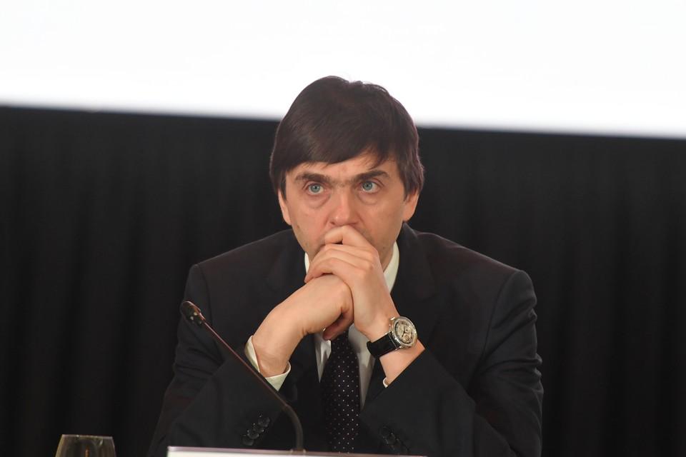 Глава Минпросвещения: все школы России проходят проверку безопасности