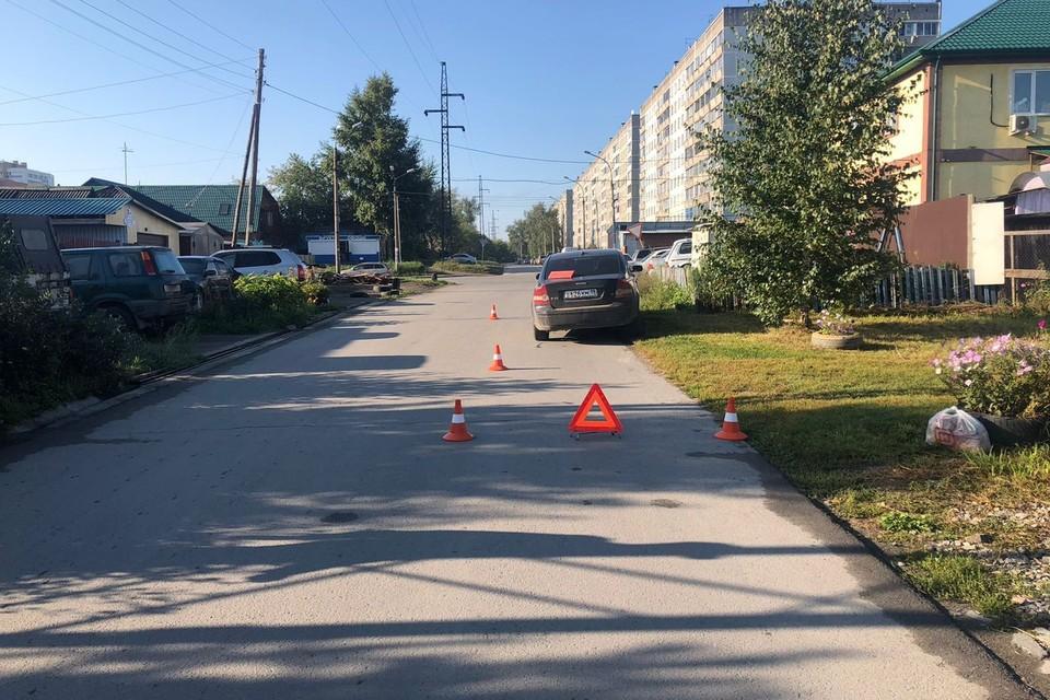 Серьезная авария произошла у дома №23 по улице Чапаева. Фото: ГИБДД по Новосибирской области.