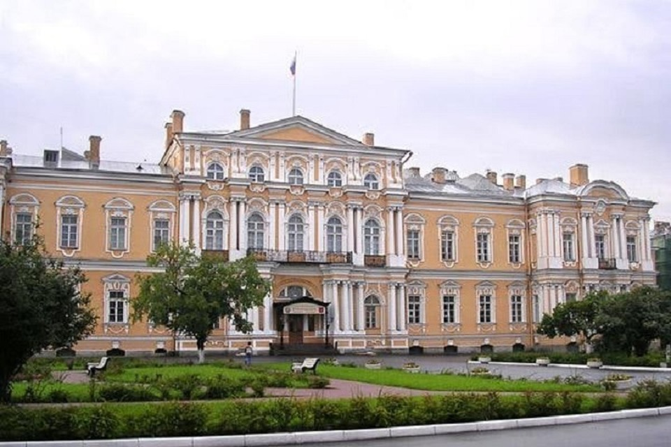 Флигель Воронцовского дворца пойдет под снос. Фото: vk.com/voopiik_spb