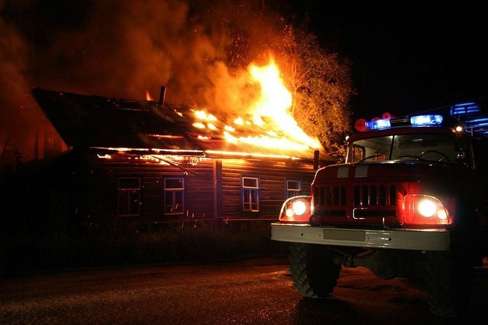 Огнем строение уничтожено полностью